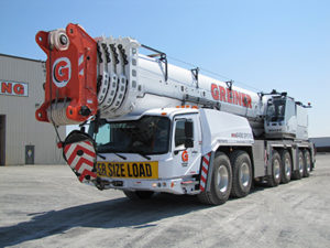 Front side view of a 450-ton all-terrain crane